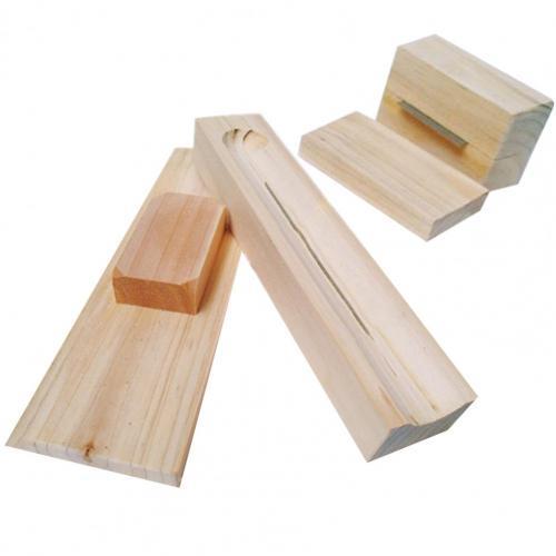 Casse noix épluche châtaigne en bois